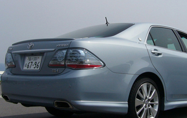 toyota-crown-hybrid